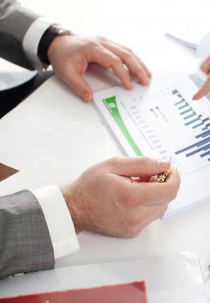 実績50社以上の専門家集団が考える、失敗しない事業承継の3つのポイントとは?